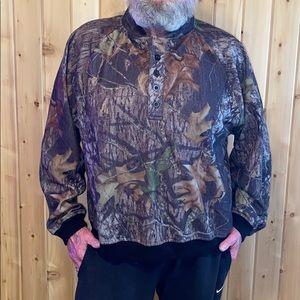 CAMO Ridge Large Fleece Long Sleeve Shirt